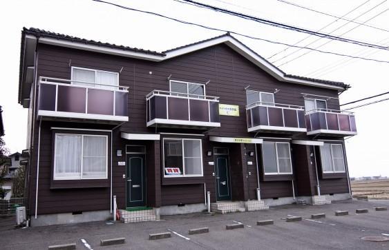 【西区小新西3】3DKメゾネットアパート